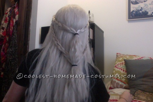 When my friend bought me an awesome white blond wig from The Five Wits for my birthday, I knew that I had to incorporate it into a rockin' Khaleesi