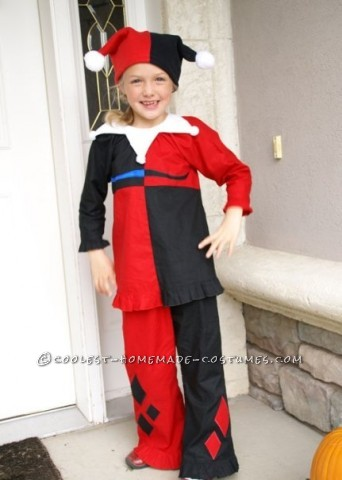 My daughter's love for Lego Batman led to a request to be perky villaness Harley Quinn for Halloween. To create this costume I modified a few sewing