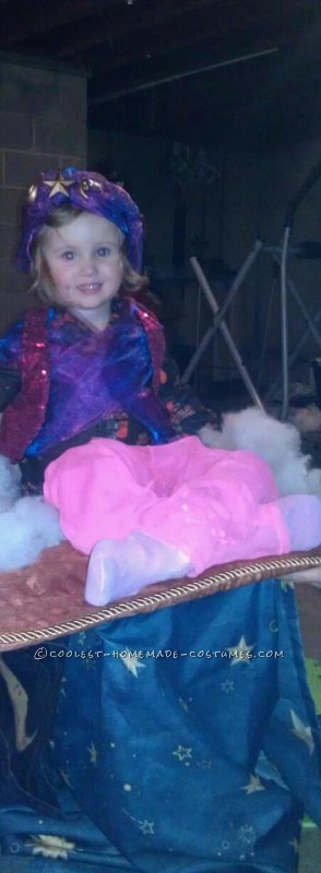 Creative Magic Carpet Ride Optical Illusion Halloween Costume