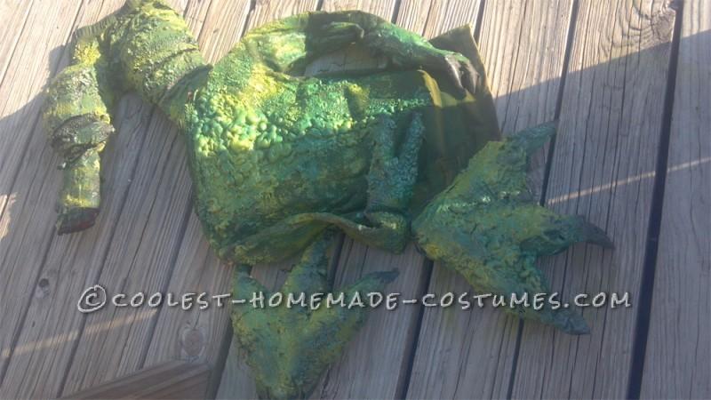 Make the Coolest Homemade Dinosaur Costume - 6