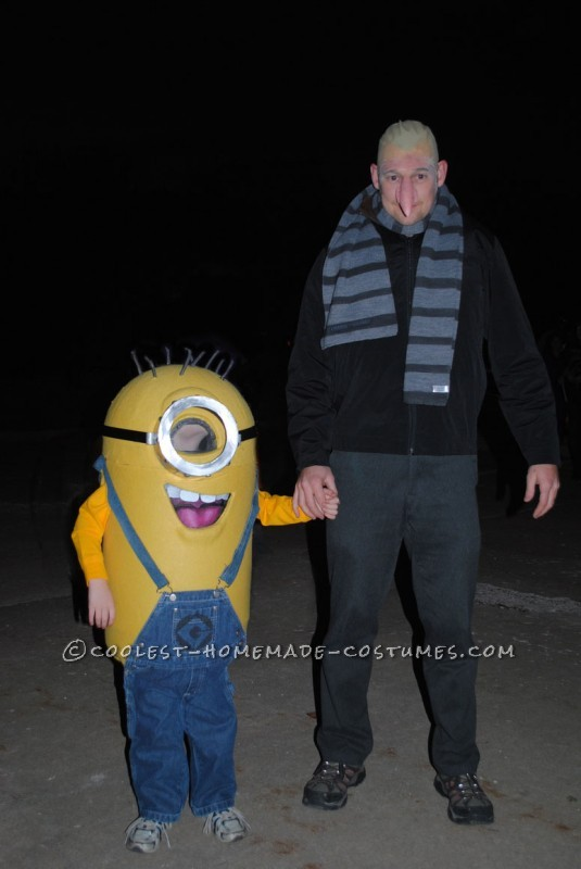 Minion Costume http://ideas.coolest-homemade-costumes.com/2012/10/17/coolest-homemade-despicable-me-minion-costume/