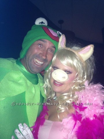 I just LOVE Kermmy!!!! the entire Miss Piggy costume was handmade & part of Kermits was :)