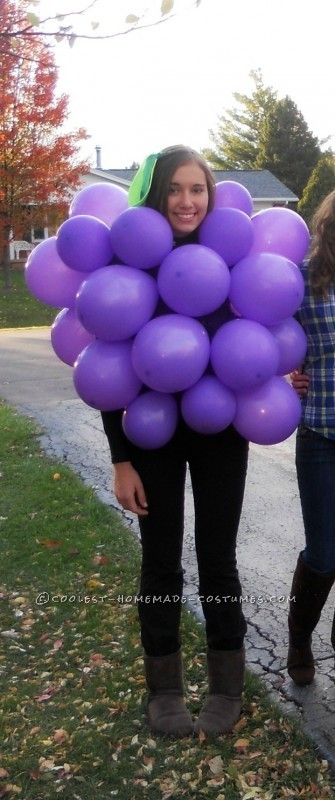 Last Minute Costume Idea: Original Bunch of Grapes!