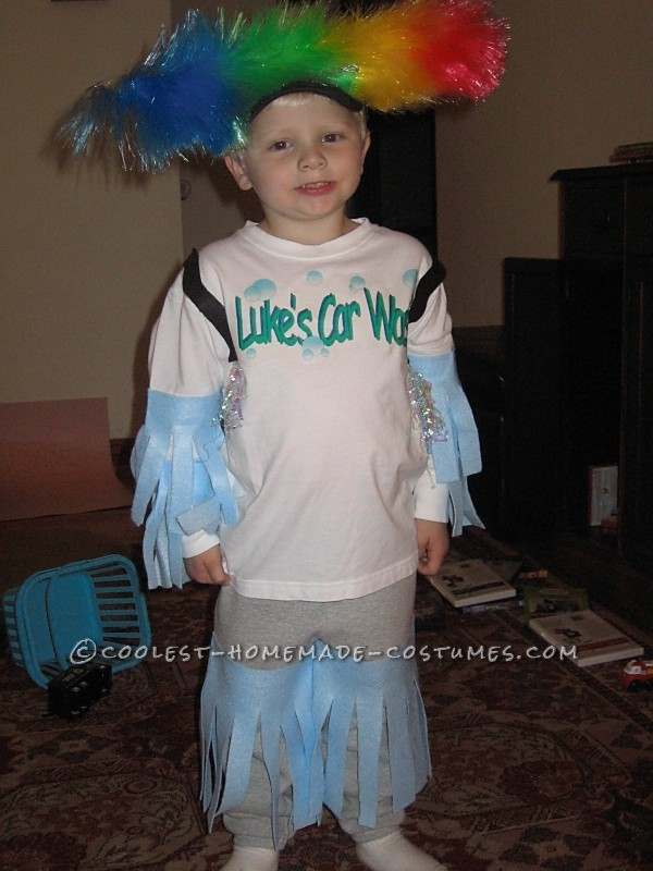 This is a costume from a few years ago but I'm putting it out there for mothers who have a similar child and might need an idea. So my 4-year-