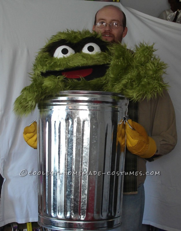 "Oscar the Grouch says ""Gimme some Candy!!"""