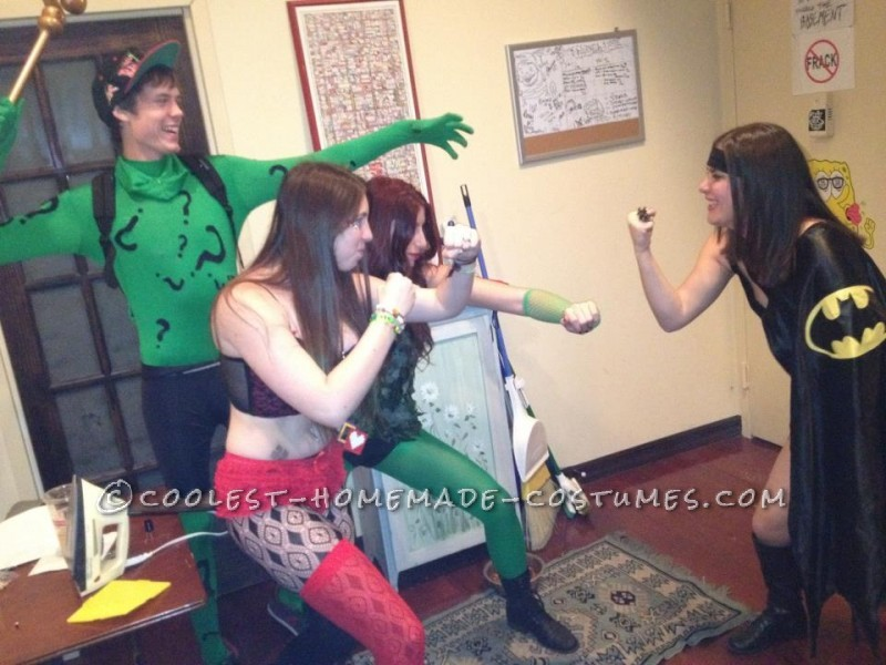 harley, riddler, poison ivy vs. batman