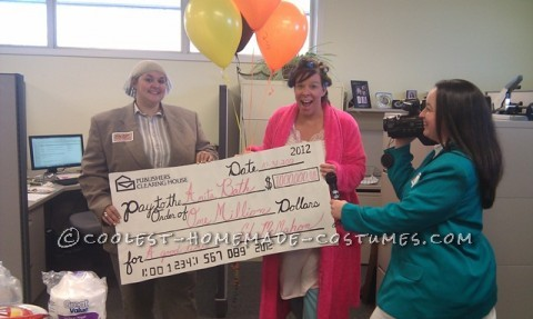 Last-Minute Group Costume: Publishers Clearing House Prize Patrol