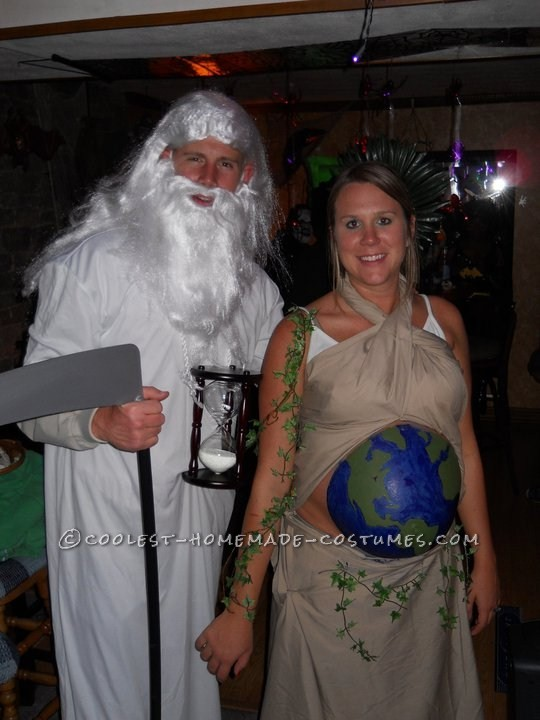 Original Costume Idea for a Pregnant Couple: Mother Earth and Father Time