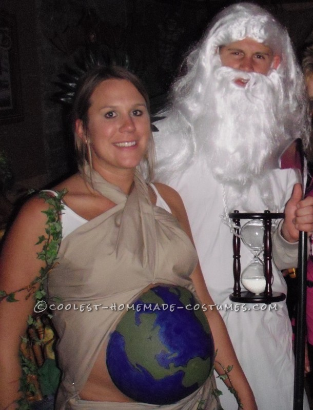 Original Costume Idea for a Pregnant Couple: Mother Earth and Father Time - 3