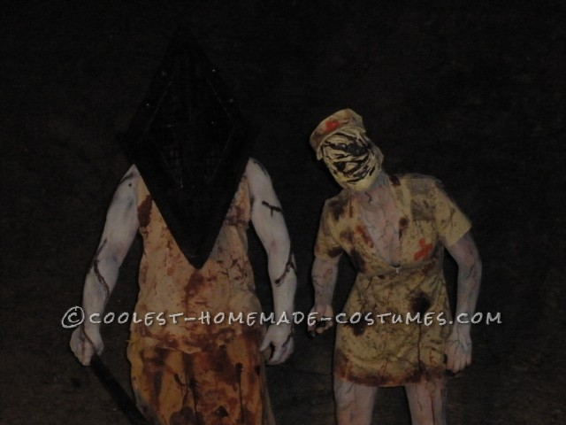 Scariest Silent Hill Nurse and Pyramid Head Costumes - 7
