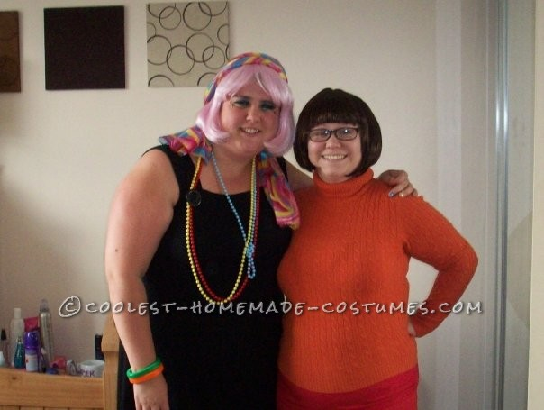 Simple and Easy to Make Velma Costume from the Scooby Doo Gang - 1