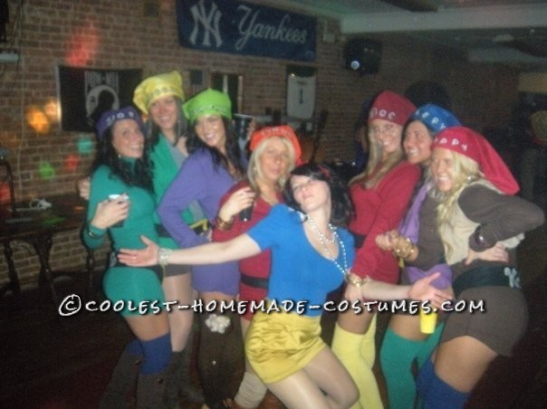 Coolest Snow White and the 7 Sexy Dwarfs Group Costume - 5