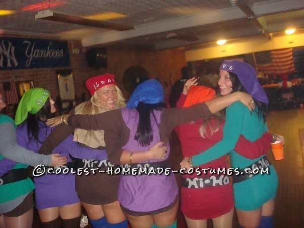 Coolest Snow White and the 7 Sexy Dwarfs Group Costume - 6