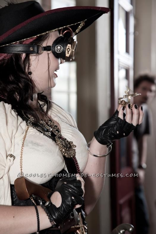 Creative Steampunk Pirate Captain Halloween Costume - 3