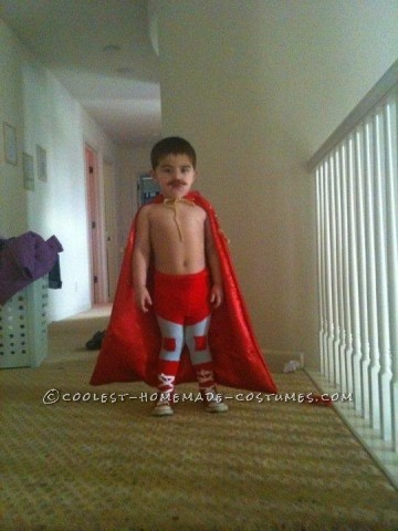 So this is the first ever costume I made for my 2 year old, he was so obsessed with the Nacho Libre. I tried looking for one online but what do you k
