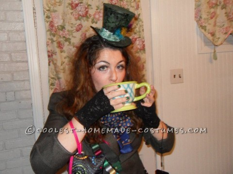After seeing Tim Burton\\\'s Alice in Wonderland I knew I wanted to be the crazy Mad Hatter for halloween. I started off by taping off vertical s