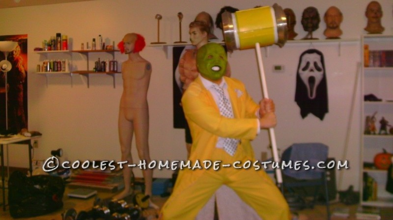 Awesome Halloween Costume: The Mask - 8