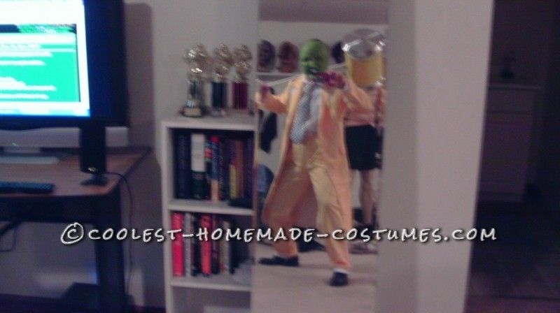 Awesome Halloween Costume: The Mask - 9