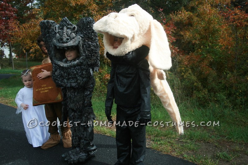 Cool Neverending Story Group Costume: A Flying Dog, Rock Eater, Hero and a Princess - 1
