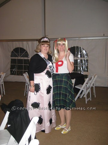 My brother and sister-in-law were married October 2011 and it was a Hallween wedding with everyone in costume. I had to represent! My best friend and