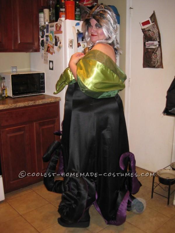 Creative Homemade Ursula Halloween Costume - 1