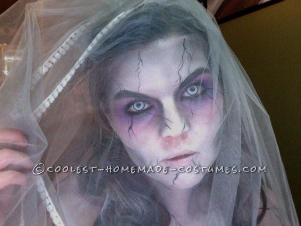 Cool Zombie Bride Costume - 4