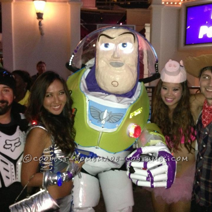 7.5 ft Tall Buzz Lightyear Halloween Costume