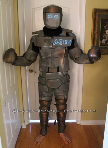 Homemade Atom Robot Costume from Real Steel