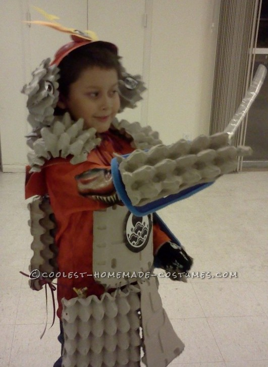 Cool Home Made Samurai Armor from Egg Crates - 1