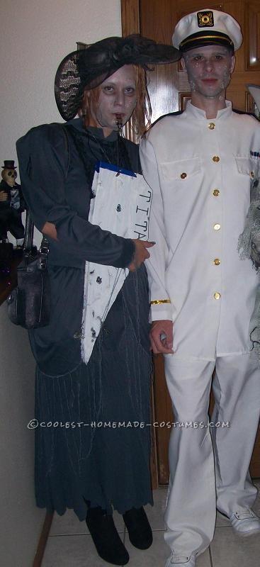Awesome Homemade Titanic Couple Costume