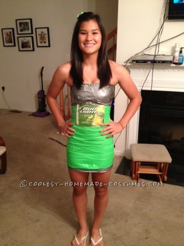 Best Beer Bottle Costume for College Girls