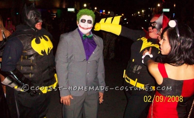 Caped-Crusader Batman and Batgirl Couple Halloween Costumes - 3