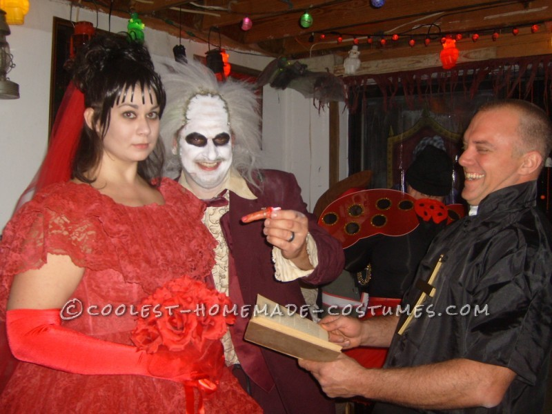 Coolest Beetlejuice and Lydia Couple Costume - 1