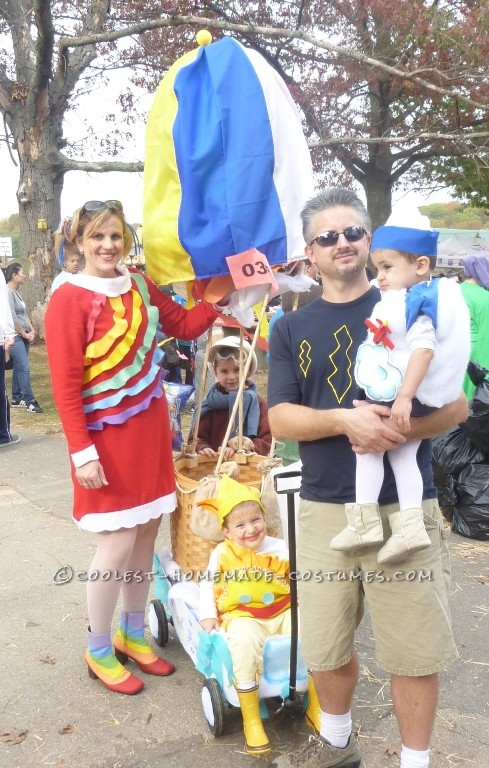 """Coolest """"Sky"""" Family Costume: Up, Up and Away!!"""