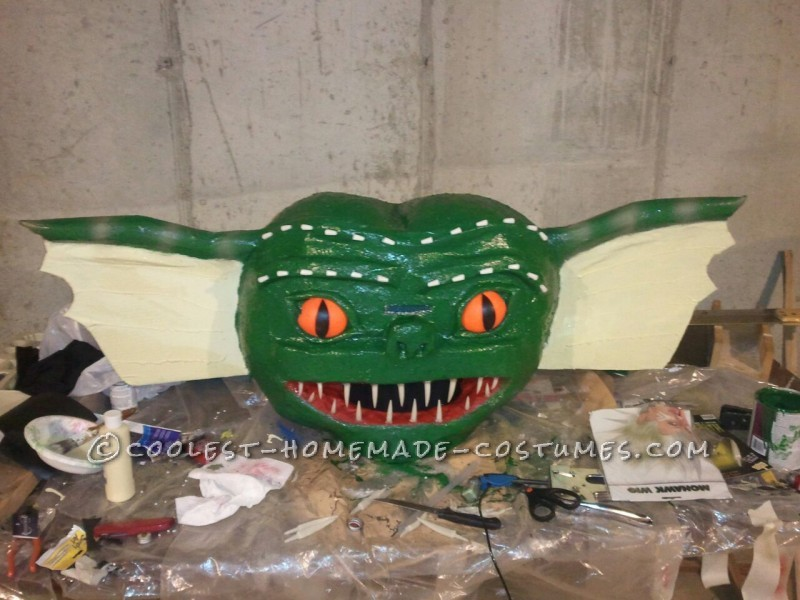Transforming Homemade Gremlins Costume: Don't Feed Gizmo After Midnight!: One of my favorite movies as a kid was the movie Gremlins!  The movie is based on a pet named Gizmo and the chaos that surrounds him once certain rul