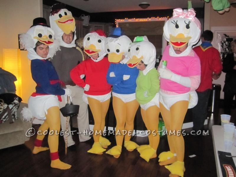 Coolest Homemade Disney Duck Family Halloween Group Costume