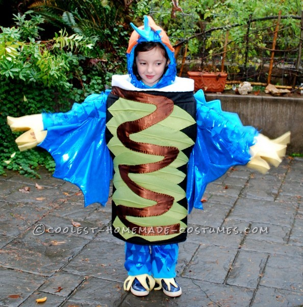 Coolest Homemade Play on Sushi Costume - Dragon Roll and Rainbow Roll: This year my girls wanted to be something fun and original for Halloween... again.  Every year my girls come up with bigger, better and more original