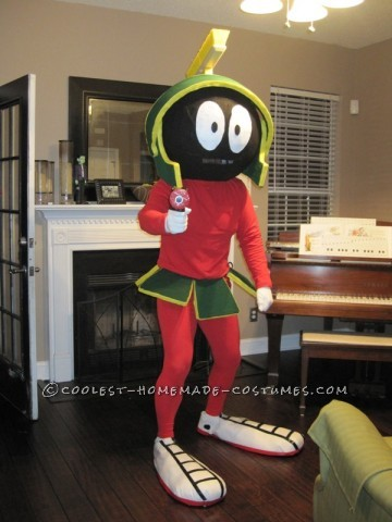 Coolest Marvin the Martian Costume