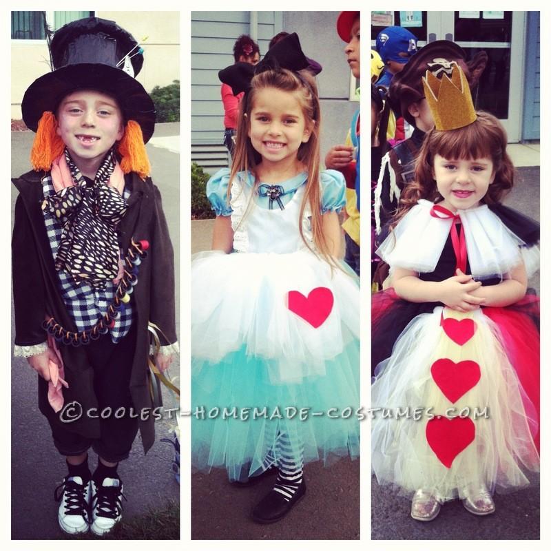 Coolest Tim Burton's Alice in Wonderland Kids Group Costumes - 3