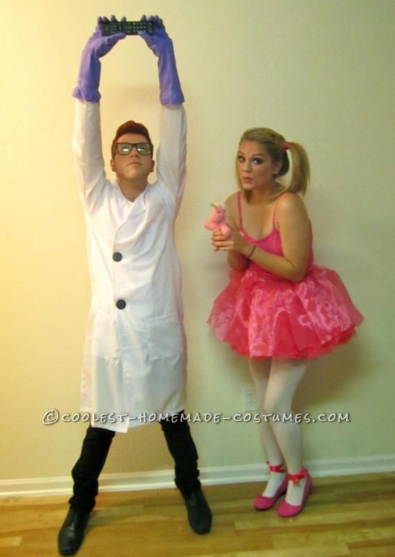 Dexter: Black shoes, blak slacks, white lab coat which we sewed two big black buttons onto, purple kitchen gloves, black glasses (we got a pair at No
