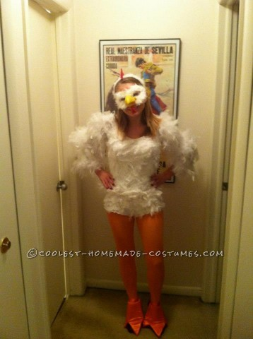 Cutest Homemade Chicken Costume for Women