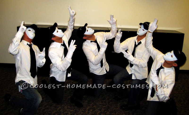 Easiest Jabbawockeez Group Costume and Routine for Non-Dancers