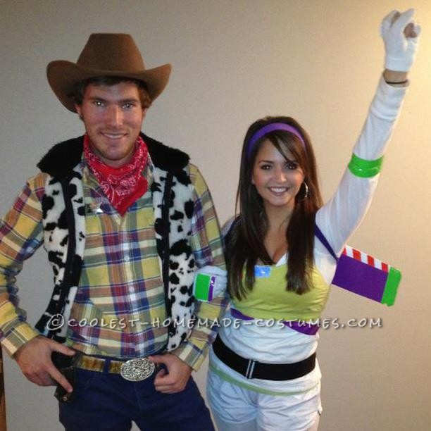 Easy Buzz Lightyear and Woody Couple Halloween Costume