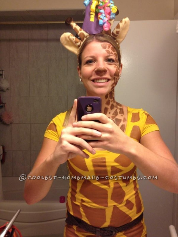 Cost conscious costumes for a happy halloween savvy student grab a yellow shirt and brown construction paper to make a giraffe body then take brown face paint and give yourself an awesome giraffe face solutioingenieria Image collections