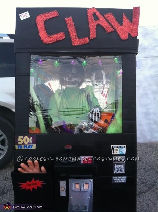 Cool DIY Claw Machine Halloween Costume - 3