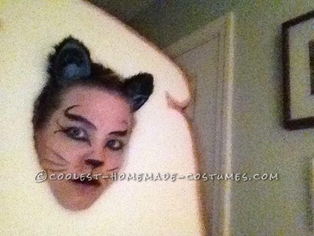 Last-Minute In-Bred Cat Meme Homemade Halloween Costume - 1