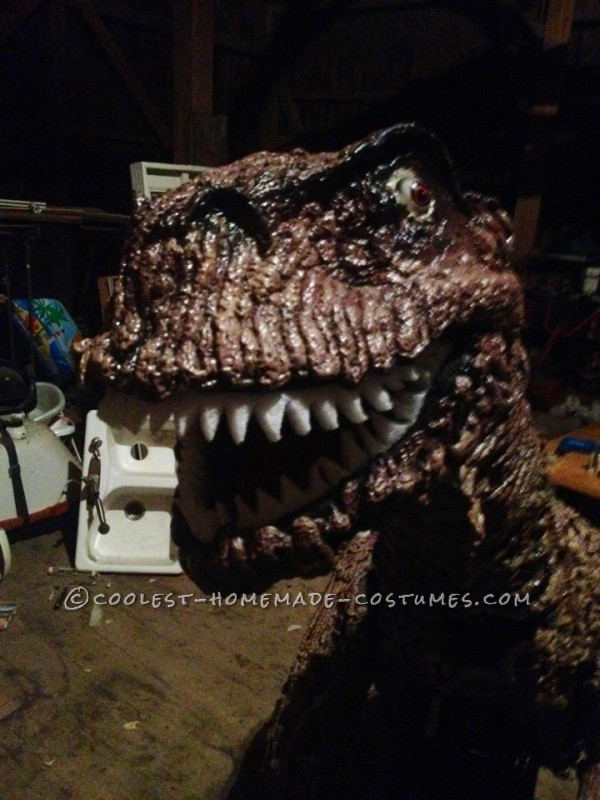 Finished head with teeth