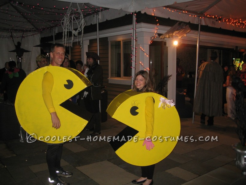All Cardboard Mr. and Mrs. Pacman Couple Halloween Costume