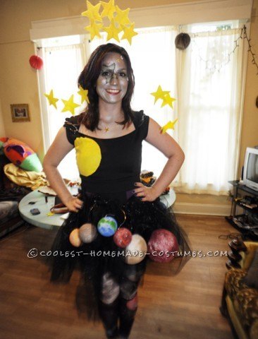 I've heard of little kids and pregnant ladies dressing up as the solar system for Halloween. I wanted to take that costume idea and make it a little