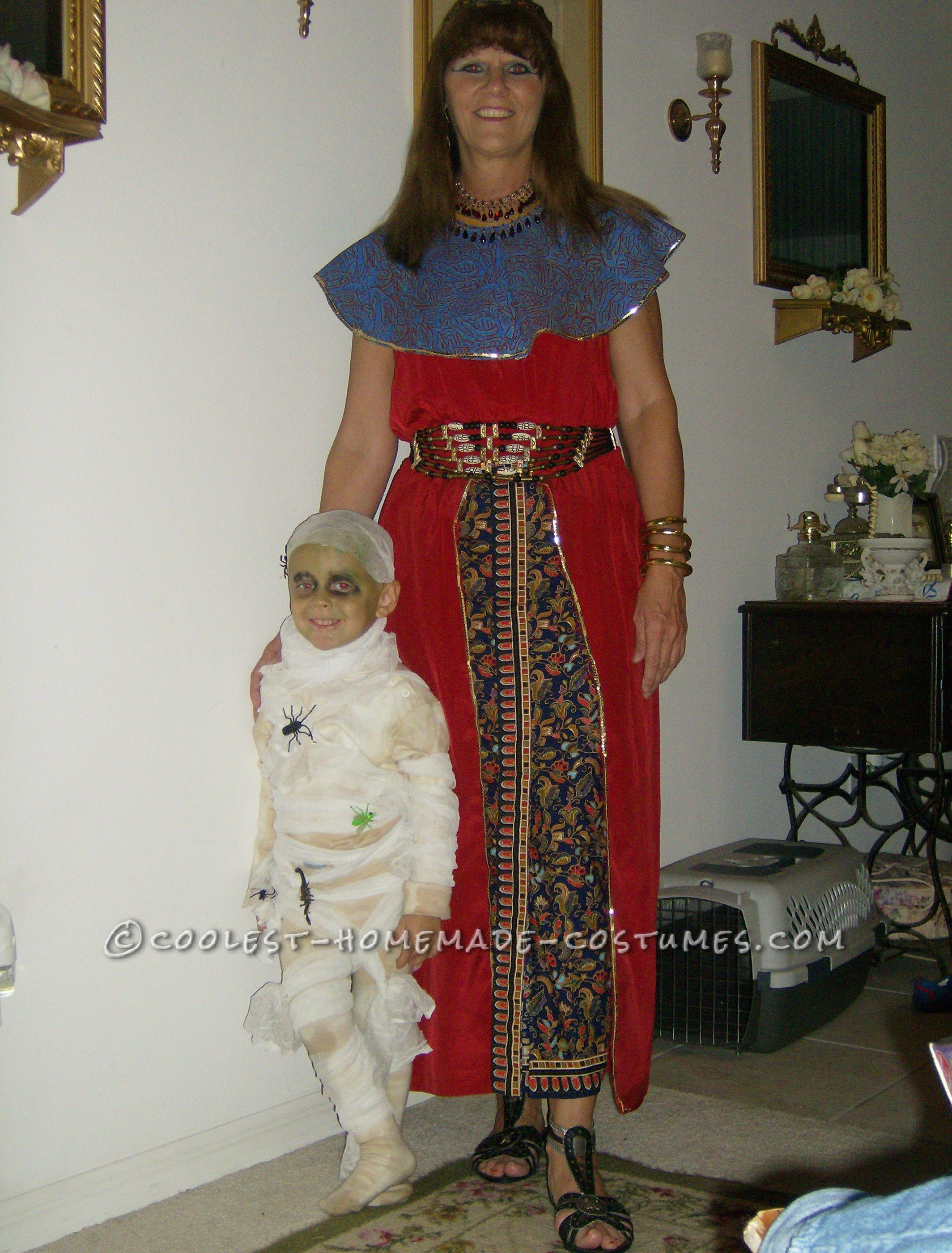 Cool Mom and Child Couple Costume: Mummy and Egyptian: My mother dressed up as an Egyptian with my son's mummy costume for the daycare carnival. His costume was a whiteturtle neck and white tightsund